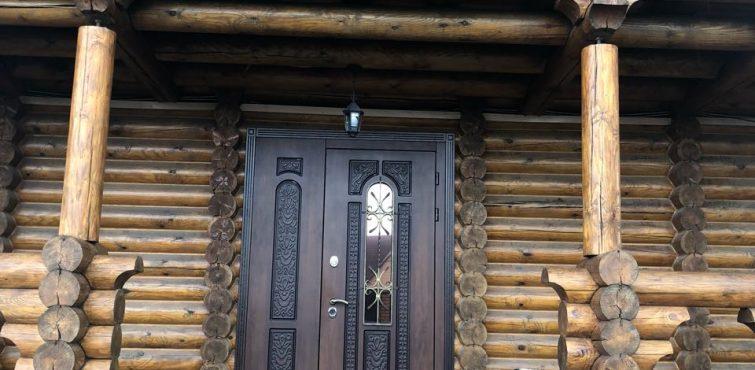 Гостиница из дерева